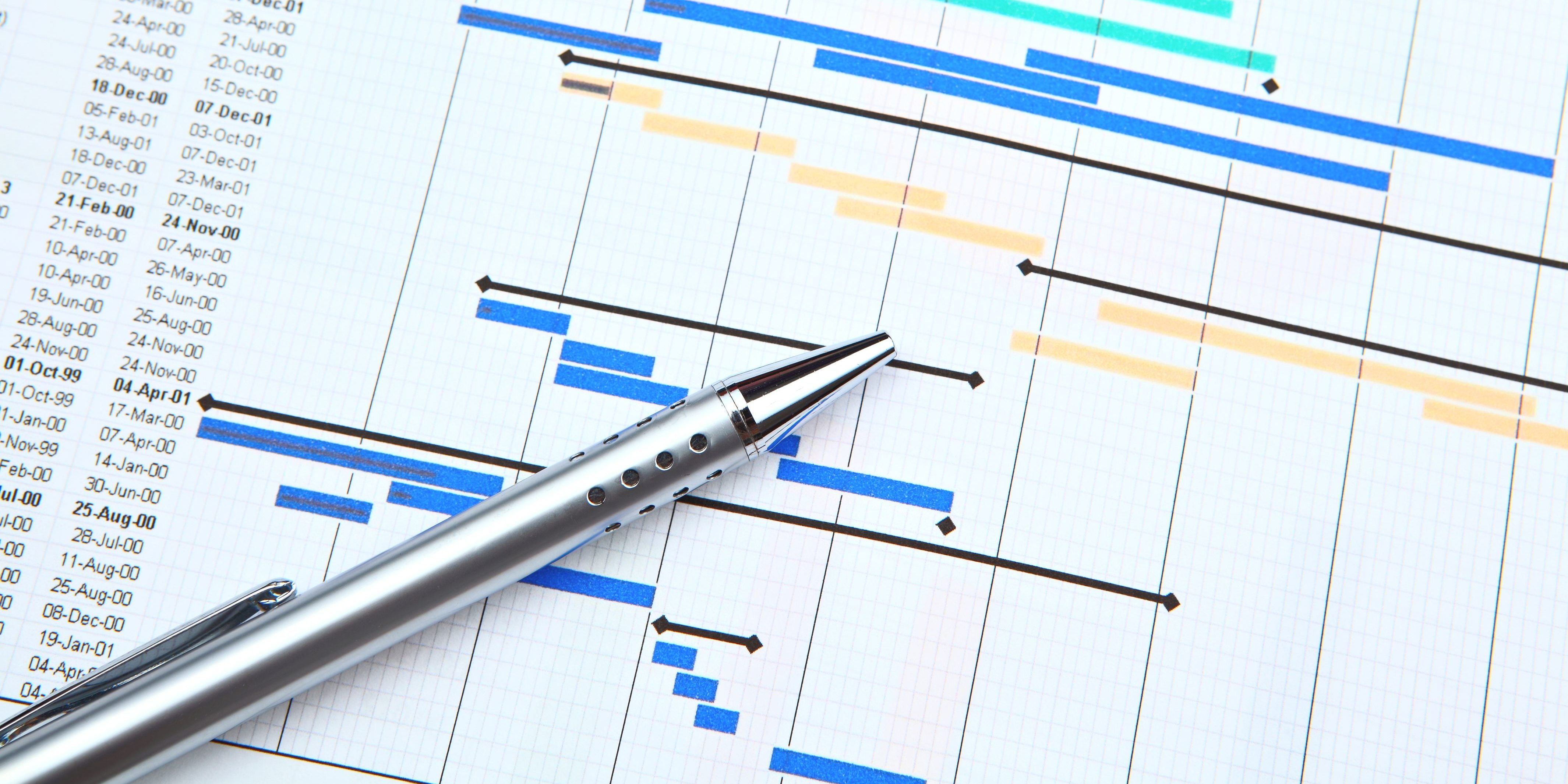 Gantt chart and pen